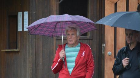 Günther Hausmann hört im Sommer als sportlicher Leiter des Bezirksligisten TSV Neusäß auf.