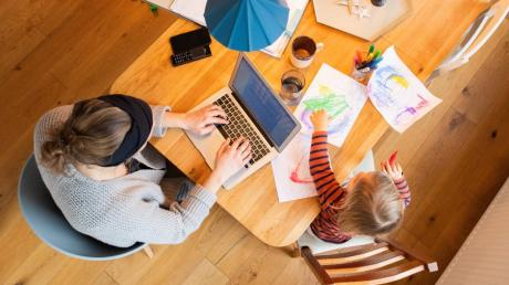 Homeoffice und Distanzunterricht sorgen für einen hohen Datenverbrauch. So steht es um die Breitbandversorgung im Landkreis Dillingen