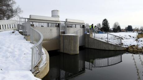 Weit fortgeschritten sind die Baumaßnahmen für den Hochwasserschutz in Westendorf. Aufgrund des teils winterlichen Wetters der vergangenen Wochen ruhen die Arbeiten derzeit.