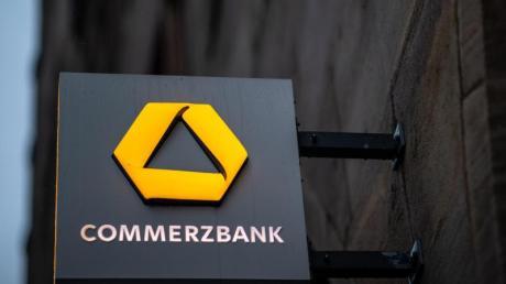 Nicht nur die Commerzbank spart und schließt Filialen.