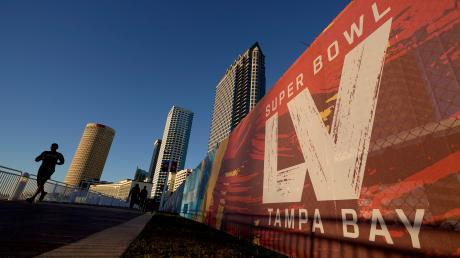 Der Super Bowl 55 findet am 7. Februar 2021 in Tampa, Florida statt.