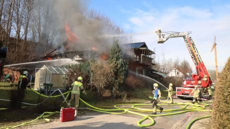 In Waldstetten hat am Freitag ein Haus gebrannt.