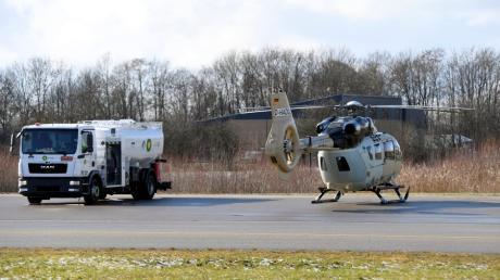 Weil das Unternehmen Airbus Helicopters Einweisungsflüge am Augsburger Flughafen vornimmt, wächst der Unmut von Bürgern über den Lärm.
