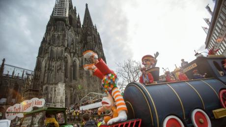 """Der """"Zoch"""" am Rosenmontag ist die Sensation des Jahres in Köln."""