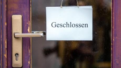 Weißenhorner Stadträte haben beantragt, dass die Stadtverwaltung eine Videokonferenz mit Vertretern von Geschäften, Friseursalons und Gastronomiebetrieben ausrichten soll.
