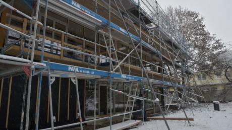 Die Baustelle am Evangelischen Kinder- und Jugendhilfezentrum in Augsburg Hochzoll ist fast fertig: Bald können die Kinder in die neuen Räumlichkeiten einziehen.