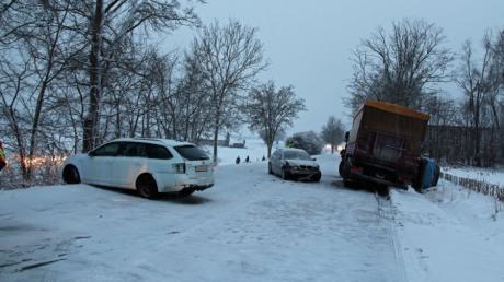 Ein Unfall zwischen Dietenheim und Balzheim hatte am Mittwoch eine längere Straßensperrung zur Folge.