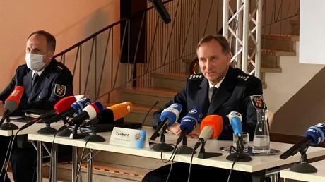 """In der Tatortfolge """"Hetzjagd"""" schlüpft der Landsberger Strafverteidiger Joachim Feller in die Rolle des Polizeipräsidenten. Bereits Ende des vergangenen Jahres war der 59-Jährige in einem Krimi von Tom Bohn zu sehen."""