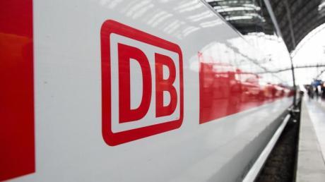 Milliardenhilfen vom Bund sollen die Verluste der Deutschen Bahn abfangen - im Gegenzug sollen aber die Vorstände der Deutschen Bahn auf ihre Bonus-Zahlungen verzichten.