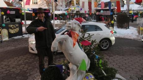 Der Drive-in-Weihnachtsmarkt in Langenau wird jeden Sonntag von Besuchern überrannt.