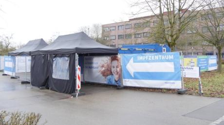 Das Impfzentrum in Neu-Ulm hat in der Bevölkerung keinen guten Stand.