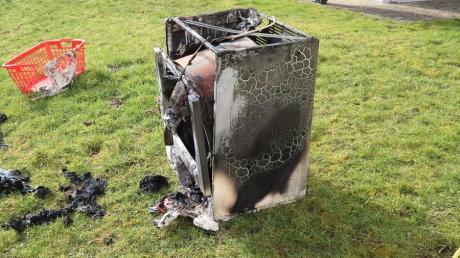 Dieser Wäschetrockner geriet gestern Vormittag in Reifertsweiler in Brand.