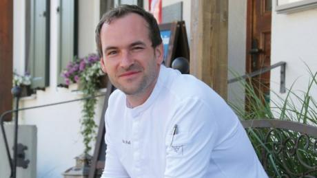 Stefan Fuß vom Goldenen Stern in Rohrbach erhielt Lob vom renommierten Guide Michelin und wurde in ein neues Kochbuch aufgenommen.