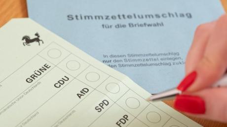 Viele baden-württembergische Wähler nutzten die Briefwahl. Ihre Entscheidung spielt auch im Kreis Neu-Ulm eine Rolle.