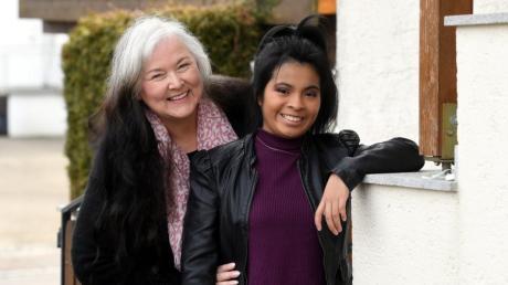 Hochrisiko-Patientin Iris Bauer und ihre Tochter Magdalena lieben sich sehr. Corona macht das gemeinsame Leben für sie aber so schwierig, dass die Nerven blank liegen.