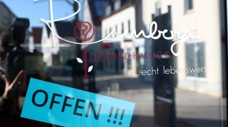Die Sieben-Tages-Inzidenz im Landkreis Neu-Ulm lag an drei Tagen über 50. Damit gelten ab Dienstag neue Regeln unter anderem für den Handel.