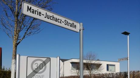 Dem geplanten Bau eines Dentallabors in der Marie-Juchacz-Straße im Baugebiet Lerchenwiese steht der Bauausschuss ablehnend gegenüber.