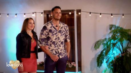 """Folge 3 von """"Love Island"""" 2021: Liva und Breno sind ein neues Couple - damit ist Bianca wieder allein. Alles Wichtige in unserem Nachbericht."""