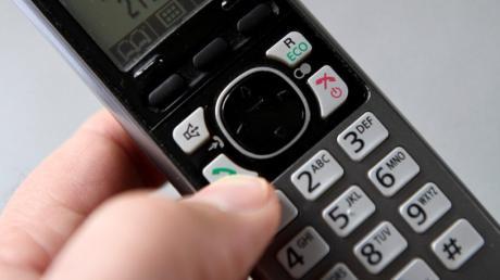 Angebliche Mitarbeiter von Microsoft wollen per Telefon Hilfe vermitteln - und sind doch nur hinter dem Geld der Angerufenen her. Das ist zuletzt in Eichstätt passiert.