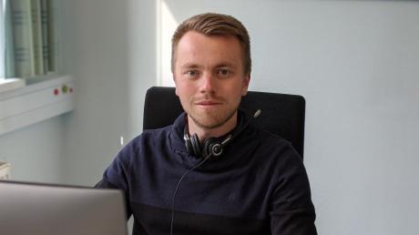 Patrick Link, Contact-Tracer am Gesundheitsamt Aichach-Friedberg. Er ist Teamleiter einer Gruppe, die die Corona-Pandemie durch Kontakt-Nachverfolgung bekämpft.