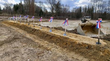 Der erste Spatenstich für den Friedberger Bauhof ist erfolgt.