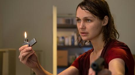 """Hat nichts mehr zu verlieren: Sabine Brenner (Luise Heyer). Szene aus dem """"Polizeiruf 110"""" aus Rostock, der gestern im Ersten lief."""