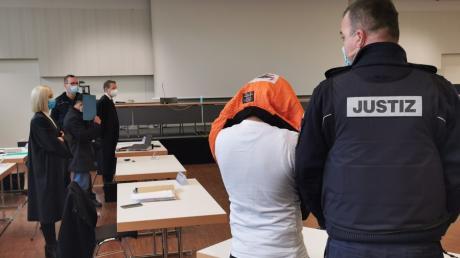 Im Verfahren um eine  Vergewaltigung einer 14-Jährigen in der Halloweennacht 2019 in Illerkirchberg wurde am Montag, 15. März, das Urteil verkündet.