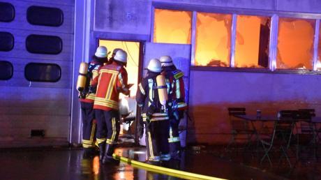 In Hiltenfingen hatte es in der ehemaligen Zahnradfabrik Haugg gebrannt. Das Verfahren gegen einen Verdächtigen wurde jetzt eingestellt.