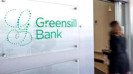 Die deutsche Finanzaufsicht Bafin hat für die in Turbulenzen geratene Greensill Bank einen Insolvenzantrag gestellt.