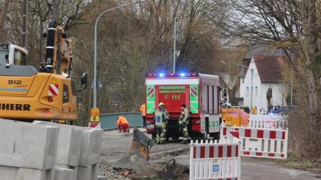 Im Günzburger Stadtteil Wasserburg ist bei Bauarbeiten eine Gasleitung beschädigt worden.
