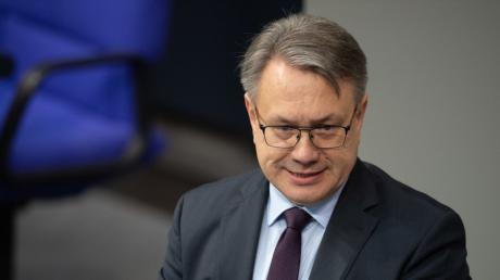 Georg Nüßlein ist aus der CSU ausgetreten. Nun will seine Ex-Partei klären, wer ihm als Kandidat für den Bundestag folgen soll.
