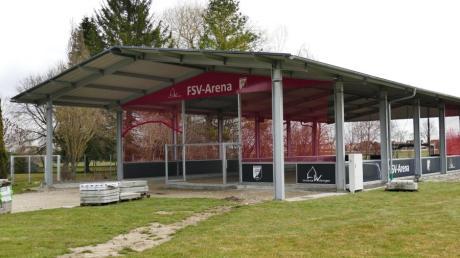 In Wehringen steht sie schon, die Freilufthalle. Wenn Corona mitspielt, wird im April oder Mai Eröffnung gefeiert.