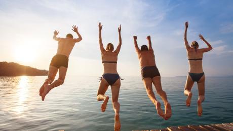 Hinein ins Urlaubsgefühl? Wie Reisen 2021 möglich sein kann, erklären wir Ihnen hier.
