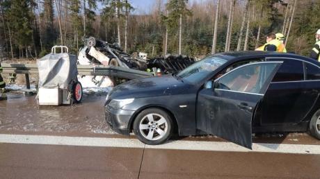 Auf der A8 hat sich ein folgenschwerer Unfall ereignet.