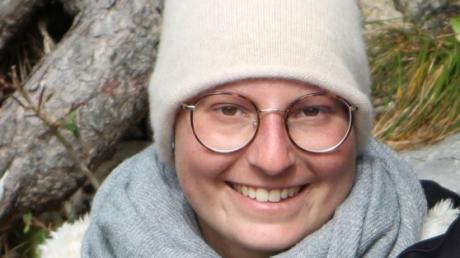 Lisa - so wie ihre Familie sie in Erinnerung behalten möchte. Das Foto nahm ihr Vater im Oktober am Walchensee auf. Am vergangenen Donnerstag ist Lisa im Alter von nur 23 Jahren gestorben.