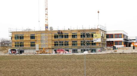 Der Anbau an die Aindlinger Mittelschule soll im September bezogen werden. In der Sitzung des Schulverbands ging es um die Ausstattung sowie um berufsorientierende Maßnahmen.
