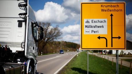 Weil der Umbau der Kreuzung Daimlerstraße/Illerberger Straße in Weißenhorn beginnt, ist ab 6. April die Zufahrt ins Gewerbegebiet Eschach gesperrt.