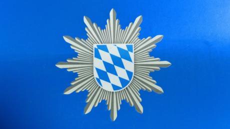 Die Polizeiinspektion Günzburg sucht Zeugen einer Unfallflucht in Leipheim in der Hermann-Köhl-Straße.