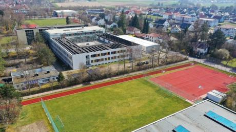 Auf dem Sportplatz der Maria-Theresia-Mittelschule kam es zu einem Polizeieinsatz.