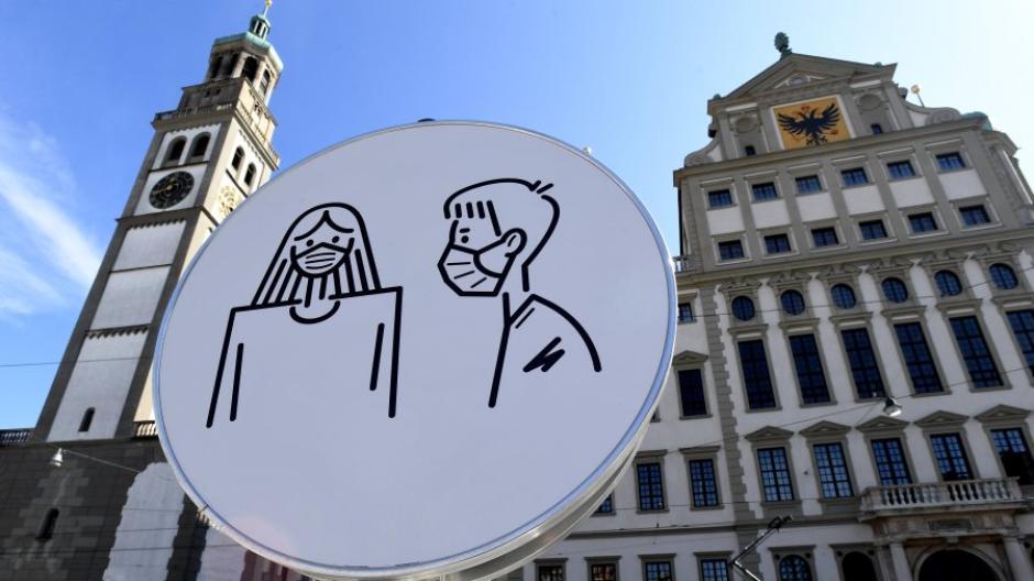 Die Sieben-Tage-Inzidenz in Augsburg sinkt leicht. So entwickeln sich die Corona-Zahlen in der Stadt.