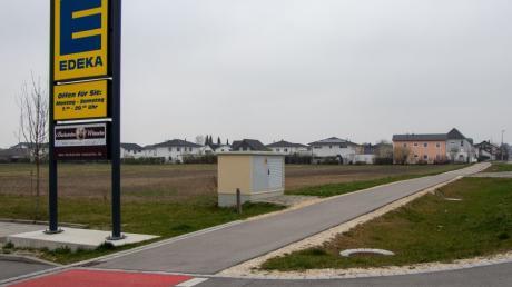 Durch die Genehmigung der Änderung des Flächennutzungsplanes kann zwischen dem Ostrand der Gemeinde Graben und dem Edeka-Markt ein neues Baugebiet entstehen.