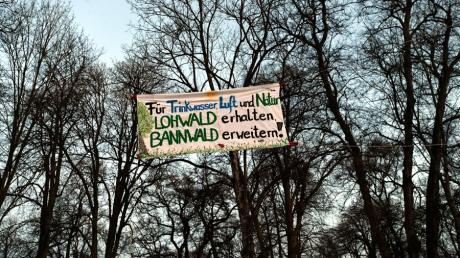 Klimaaktivisten kämpfen für den Lohwald bei Meitingen.