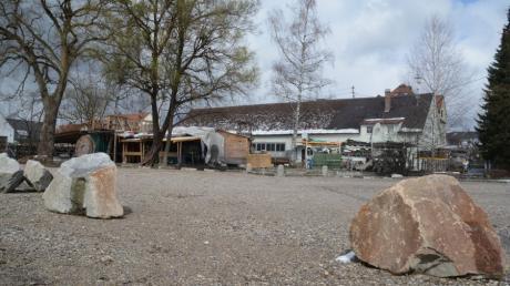Der Platz hinter dem alten Bauhof an der Ecke Gerberbächle und Bleichergasse wurde geräumt, eingeebnet, aufgekiest und eingefasst. Noch ist unklar, wie das Areal genutzt werden soll.