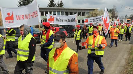 Die Belegschaft von Railmaint Oberhausen ist in den Warnstreik getreten.