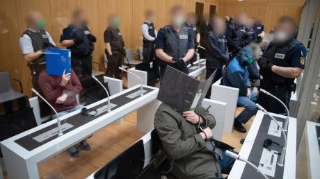 Unter großen Sicherheitsvorkehrungen findet der Mammutprozess in Stuttgart-Stammheim statt.