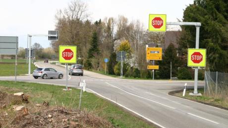 Die Kreuzung bei Nattenhausen, ein Unfallschwerpunkt, wird heuer noch verschwinden. An ihrer Stelle entsteht ein Kreisverkehr.
