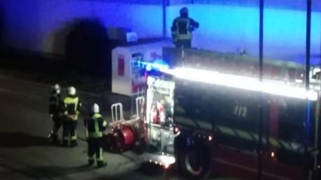 Die Freiwillige Feuerwehr Mering brachte den Brand unter Kontrolle.