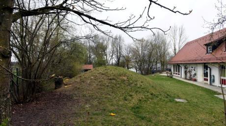 Am östlichen Ortsrand von Dinkelscherben, neben dem St.-Simpert-Kindergarten, will die Gemeinde eine neue Einrichtung vorantreiben.