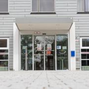 Am Donnerstag wurden neue Zahlen zum Corona-Ausbruch am Friedberger Krankenhaus bekannt. Das Gesundheitsministerium spricht in diesem Zusammenhang von 15 toten Patienten.