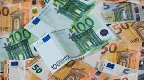 Der Oettinger Stadtrat hat in seiner jüngsten Sitzung den Rekordhaushalt mit einem Investitions-Volumen von rund 18 Millionen für das Jahr 2021 mit dem Veto von Ludwig Däubler beschlossen.
